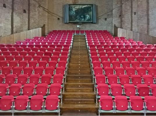Università Bologna - Aula Absidale S. Lucia